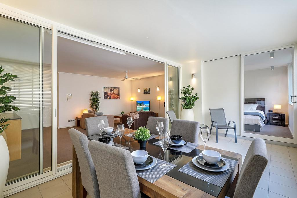 Furnished Apartment Walk to Bondi Beach
