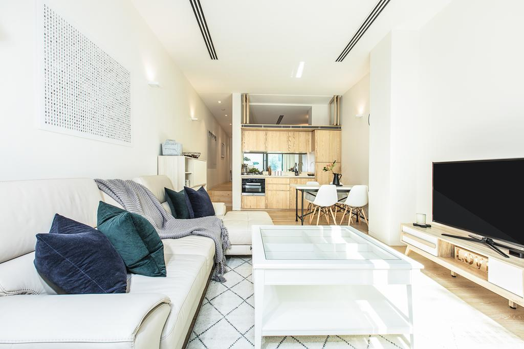 Slick one-bedroom studio literally on Bondi beach